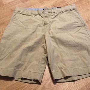 Tommy Hilfiger Men's Shorts Size 34 Tan